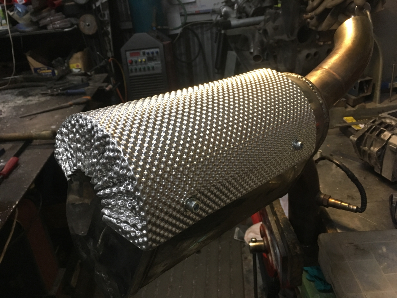 Exhaust heat shield 2018-12-13