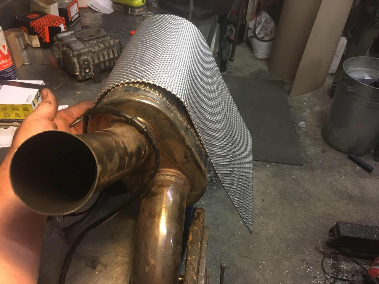 Exhaust heat shield 2018-12-13